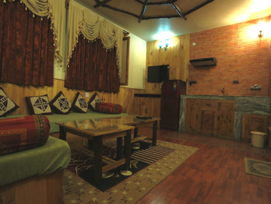 Himachal Valley Manorama Cottage - Room No 1 Drawingh Room