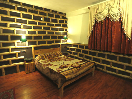 Himachal Valley Manorama Cottage - Room No1 Bed Room
